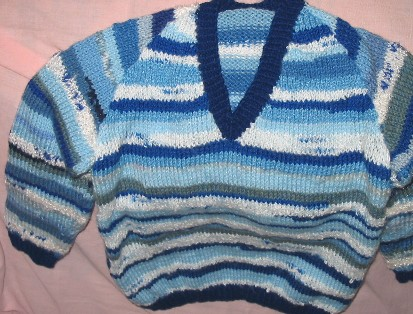 9/02.003.022 raglan sleeved jumper Prem to Age 4 Prices from £5